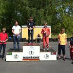 Ein weiterer 3. Platz für Nico Föge in Klasse 4, gefolgt von Fabian Meyer (li.) als Vierter in Klasse 4. Nummer 1 war hier Jeffrey Globig, ebenfalls vom MC Lebusa