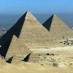 Pyramiden von Gizeh.
