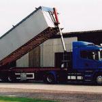 Anlieferung von lose Dünger mit Scania-Truck