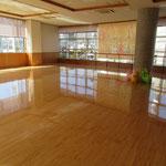 【遊戯室(多世代トレーニングルーム)】<br />各種レクレーション活動や運動などによる多世代交流を行う場です。