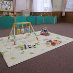 【一時保育室】<br />短時間の、乳幼児を対象とした預かり保育を行います。