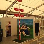 Ecovisstand Landwirtschaftsausstellung mit handgemaltem Maibaum & Schildern, Fotowand