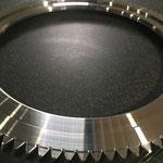 旋盤 浸炭 高硬度材 肌焼鋼 HRC60 変形 幾何公差