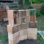 Zimmer frei! Insektenhotel in the making