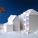 Villa Bader, Remise und Anbau einer Veranda mit Aufzug auf Westseite
