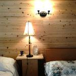 ベッドサイド The bedside