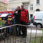 Ankunft Freitag 19:00 Uhr bei Monika Taunustrasse Berlin Friedenau