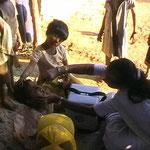 Polio-Impfung im Dorf