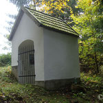 Kapelle am roten Hügel in Öpping