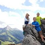 Aktiv sein und die tolle Bergwelt erkunden mit der ganzen Familie
