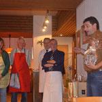 Thomas bedankt sich bei der Service- und Küchencrew