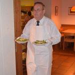 edle Bedienung (mit weissen Handschuhen!) und das fein schmeckende Saltimbocca alla romana