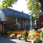 Das Restaurant auf der Ronneburg (Foto: Hans Pfaff)