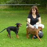 Finn mit Frauchen und Schwester!!