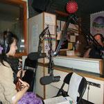 ハワイ カウアイ島 KKCRラジオ 日本人初 ゲスト出演。 のちにこのときの出演が局の記念CDになり全米に展開!