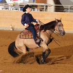 Andrin Kälin mit seiner QH Stute Jae Cute Little Boss im Youth Reining