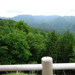 帰りの車中から見えた笠取山(左端)