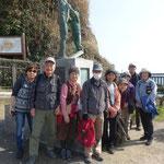 稲村ケ崎で集合写真