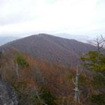 13:05 幕岩から眺めた小楢山