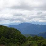 三つ峠の先に富士山が見えるはずだったが?