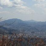 石老山と仏果山