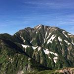 雄々しい山容の五竜岳
