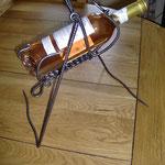 Porte bouteille suspendu en fer forgé