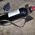 Porte bouteille en style végétal en fer forgé