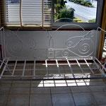 Ancien lit pliant restauré