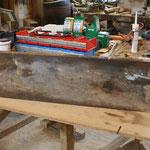 Ein Alte Malerbohle aus dem Schuttcontainer