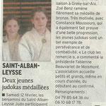 15 février 2011 - Le Dauphiné Libéré - Deux jeunes judokas médaillées