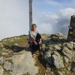 Cayenne hat ihre erste 6-stündige Wanderung gemeistert, das Gällihorn in Kandersteg.
