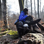 Claudia als Hundebändigerin