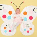 Los Sueños de Alba. Soñaba que era una mariposa.(Alba con 3 meses)