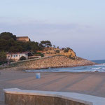 Leerer Strand - ideal zum Wandern