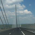 Schon auf der Heimfahrt - die Brücke von Millau