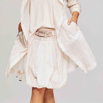 Coat 919-24; Pullover 931-5; Skirt 927-24;Belt 997-99