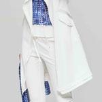 Coat 958-12; Shirt 957-28; Jogger 923-12; Scarf 9005-28