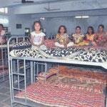 Kajüttenbetten im Mädcheninternat