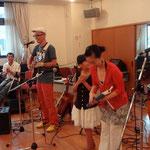 2012/7/1フランシーを囲む集い 小春演奏2