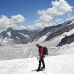 Auf dem Gletscher in Richtung Finsteraarhornhütte