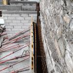 Renfort de mur en pierres