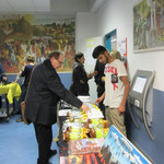 HELFEN MACHT SCHULE sold donated used books, african art, coffee from Tanzania ...