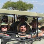 Fotosafari in den Nationalparks Tarangire, Ngorongoro, Lake Manyara und eine Fusserkundung im Arusha-Nationalpark standen ebenfalls im Programm.