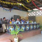 Vorstellung der Gäste und feierliche Begrüßung durch die Schulgemeinde.