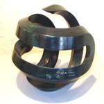 SEBASTIAN, Aroma heptagonal, bronce patinado p/t, 24x25x35cm, 2006.