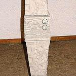 SERGIO GALAN, Tablilla Ceremonial A, marmol y acero inoxidable, 80x14x14 cm, 2003.