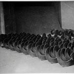 "MANUEL ALVAREZ BRAVO, Herramientas, platino/paladio (firma completa), 8x10"", 1931."