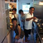 MegとDongSimengさん家族