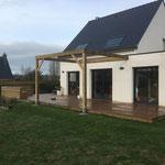 Erdeven Terrasse pergola et banquette en pin classe 4